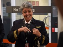 Qantas captain Lisa Norman