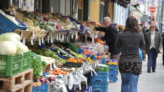 Einkaufen im Bahnhofsviertel in München, 2013