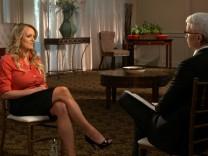 """Pornodarstellerin Stormy Daniels gibt Anderson Cooper ein Interview über ihre Affäre mit Donald Trump in der CBS-Sendung """"60 Minutes""""."""