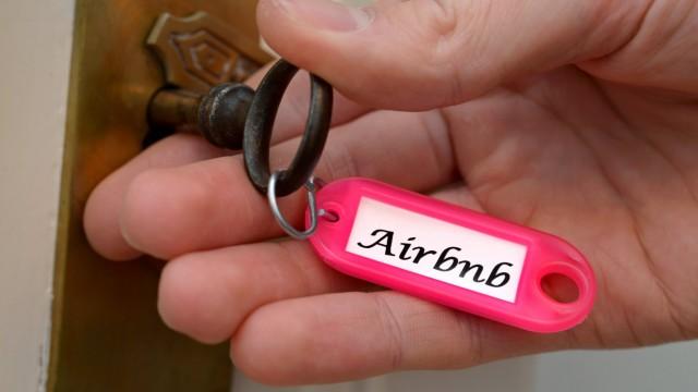 Symbolfoto Ferienwohnung Schluessel Anbieter Airbnb Symbolfoto Ferienwohnung Schluessel Anbieter