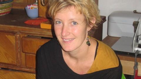 Nora Preinhelter pendet zur Universität