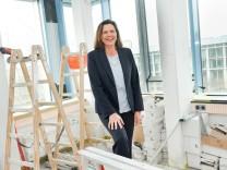 Ilse Aigner: Ihr Ministerium für Wohnen, Bauen und Verkehr in München wird gerade umgebaut.
