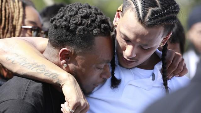 Polizei Tödliche Schüsse auf unbewaffneten Afroamerikaner