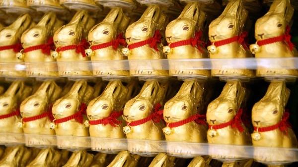 Ostern werden in Deutschland 100 Millionen Schoko-Hasen verkauft; traditionshase+jetzt