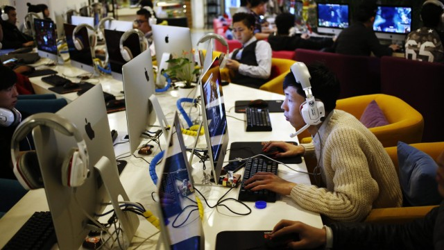 Chinese internet officials defend private networks crackdown