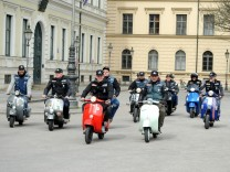 sammler vespa museum in mauern freising s. Black Bedroom Furniture Sets. Home Design Ideas