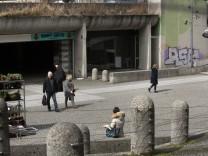 leer stehende Ladenzeile im Forum Münchner Freiheit (Adresse Münchner Freiheit 7)