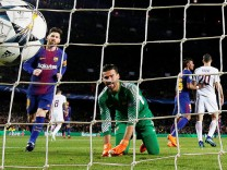 Champions League Quarter Final First Leg - FC Barcelona vs AS Roma