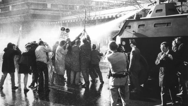 Demonstrationen nach Attentat auf Dutschke
