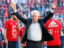 Bundesliga - FC Augsburg vs Bayern Munich