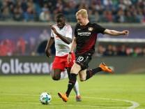 09 04 2018 xtgx Fussball 1 Bundesliga RB Leipzig Bayer 04 Leverkusen emspor v l Dayot Upamec