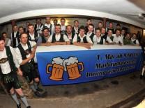 Inning:Die Burschen vom  Maibaumklau / TU Garching