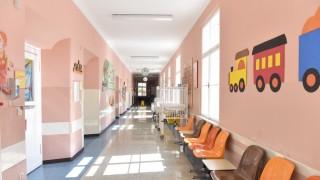 Kind Vom Klettergerüst Gefallen : Wenn kranke kinder nicht mehr versorgt werden können münchen