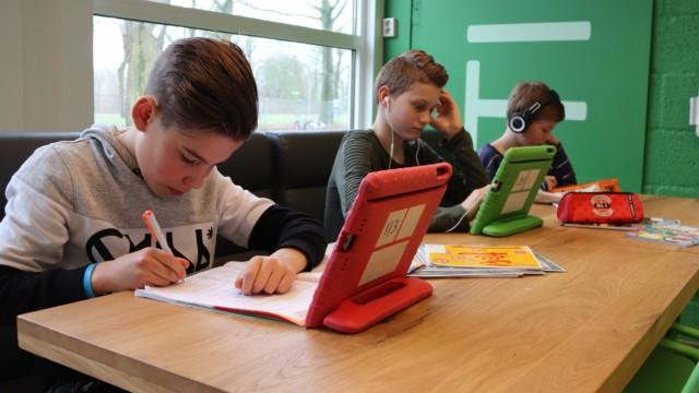 Digitalisierung und Schule Digitalisierung und Schule