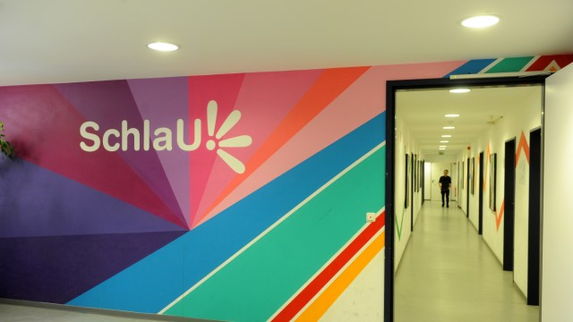 Schlau-Schule für junge Flüchtlinge in München, 2017