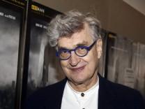 Wim Wenders beim Special Screening des Kinofilms Der Himmel über Berlin im Holi Kino Hamburg 15 04