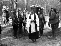 Die Beerdigung von Manfred von Richthofen am 22. April 1918