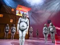Kaspar Hauser und Söhne, Theater Basel