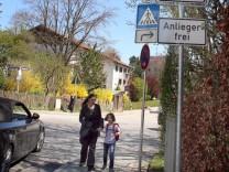 Neue Regeln durch neue Straßenschilder; Neue Verkehrsregelungen in Starnberg