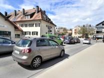 Gauting: Hauptplatz Würmbrücke