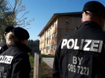 Polizei vor Flüchtlingsunterkunft in Geretsried