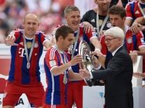 FUSSBALL 1 BUNDESLIGA SAISON 2013 2014 34 SPIELTAG FC Bayern München VfB Stuttgart 10 05 2014 De