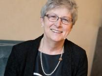 Gisela Stuart, die die Brexit-Kampagne mitorganisiert hat, in der Bayerischen Akademie der Wissenschaften vor einer Podiums-Diskussion. (Alfons-Goppel-Str. 11).
