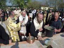 Grundsteinlegung des rumänisch-orthodoxen Kirchenzentrums in Aubing.