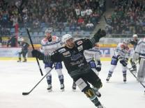 Bietigheim Eishockey DEL2 Bietigheim Steelers vs SC Riessersee Playoffs Finale Spiel 2 Torjubel