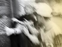 Jugendgewalt in der Schule und auf der Strasse Gesellschaft