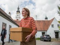 'Letzte Nonne' verläßt Kloster Altomünster