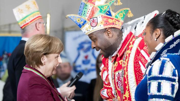 Merkel empfängt Karnevals-Prinzenpaare