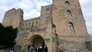 Hambacher Schloss öffnet seine Pforten