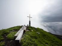 Angriffe auf Gipfelkreuze