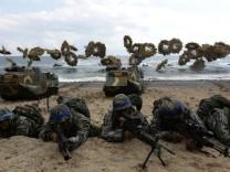 ***BESTPIX*** S. Korea - U.S. Marines Hold Joint Landing Operation In Pohang Beach