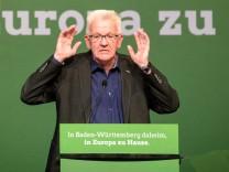 Winfried Kretschmann spricht auf dem Landesparteitag der Grünen in Baden-Württemberg.