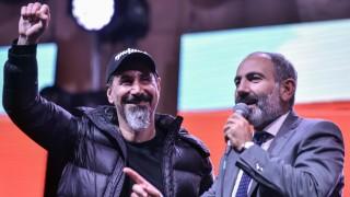 Serj Tankian System of a Down Armenien Revolution Nikol Paschinjan
