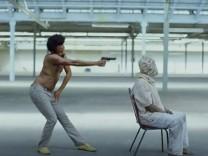 """Daniel Glover als Childish Gambino: """"This Is America"""""""
