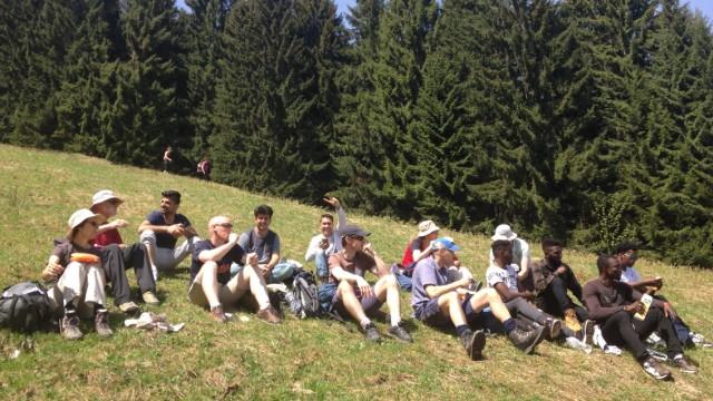 Alpenwanderung mit den Flüchtlingen.