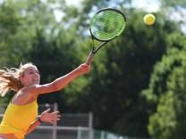 Isabella Pfennig TC Großhesselohe Einzelbild Aktion Action Tennis Bayerische Meisterschaft 2