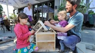 Gauting: Bau von Insektenhäuser