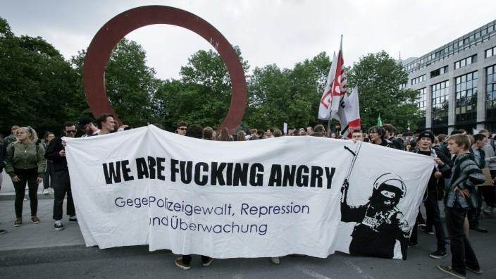 Schüler und Studenten demonstrieren in München gegen das Polizeiaufgabengesetz