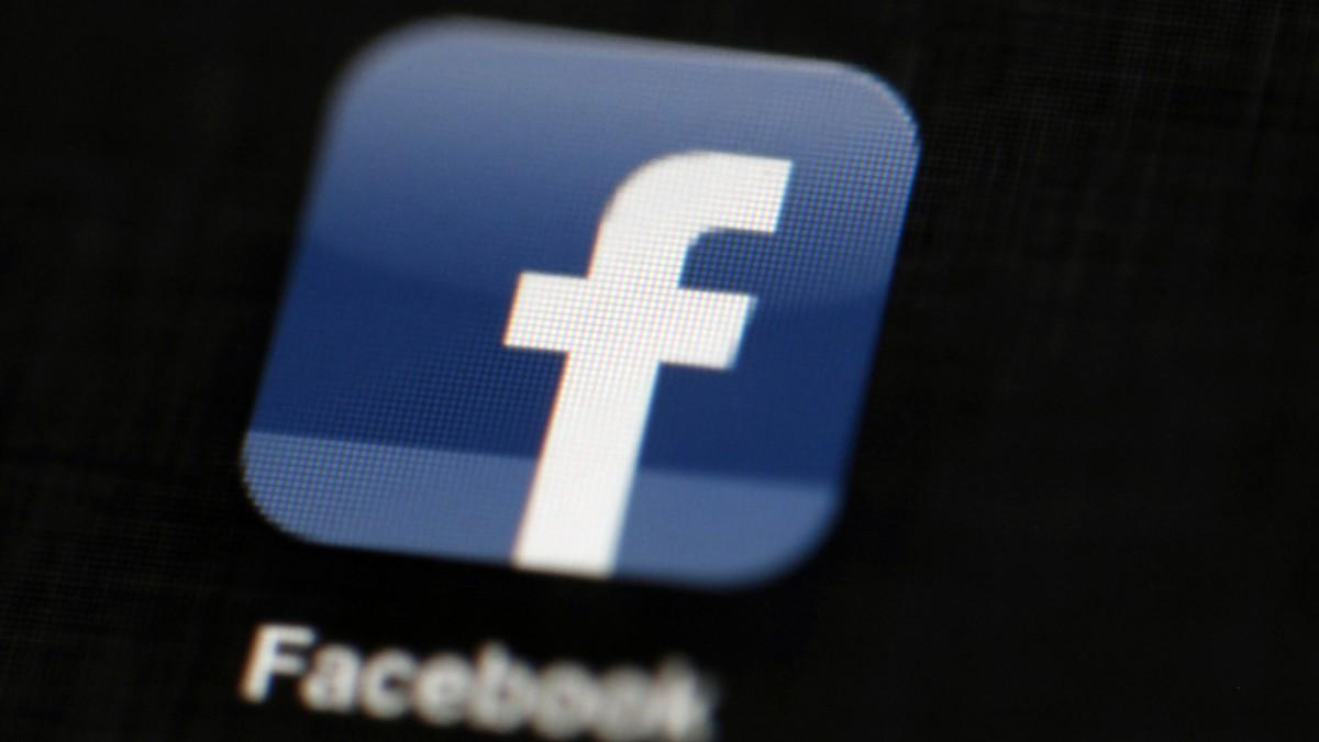 Bots Und Spam So Fake Verseucht Ist Facebook Digital Süddeutschede