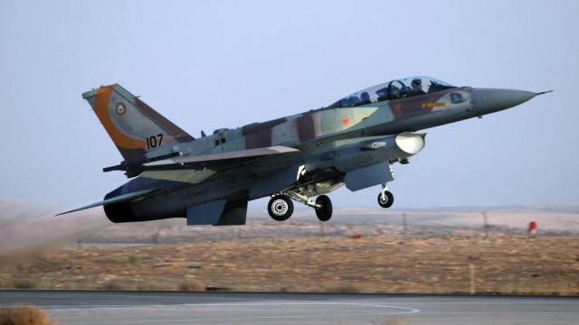 Israelischer Kampfjet - im Mai 2018 attackierte die israelische Luftwaffe verschiedene Ziele im Gazastreifen.