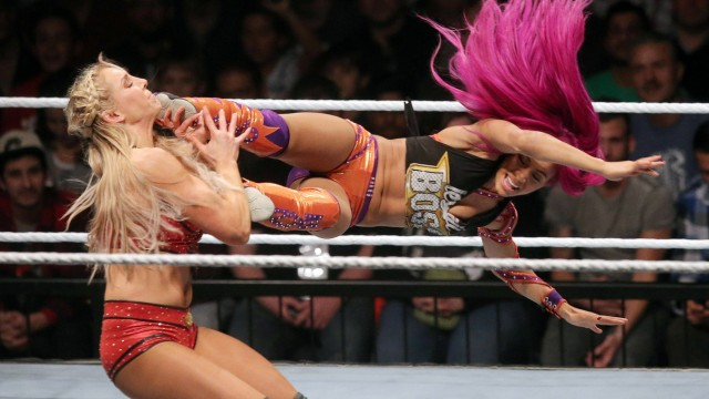 Bilder des Tages SPORT Charlotte Sasha Banks Show Event WWE World Wrestling Entertainment Wres; Wrestling München