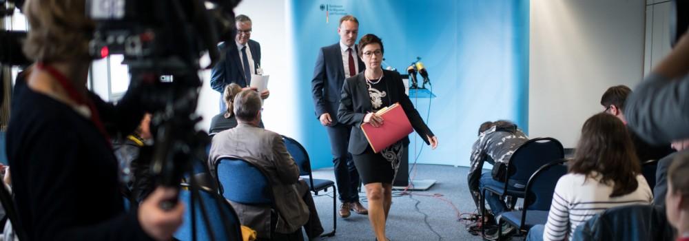 Pressekonferenz mit Bamf-Präsidentin Jutta Cordt