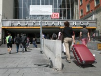 Der Eingang Süd an der Bayerstraße zum Hauptbahnhof München.