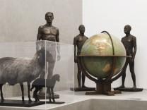 Ausstellung 'Rassismus' wird eröffnet