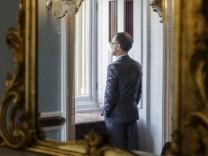 Bundesaussenminister Heiko Maas SPD im Capitol auf den naechsten Gespraechstermin Washington 22