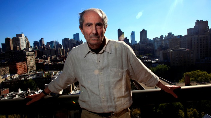 FILE PHOTO - Author Philip Roth poses in New York